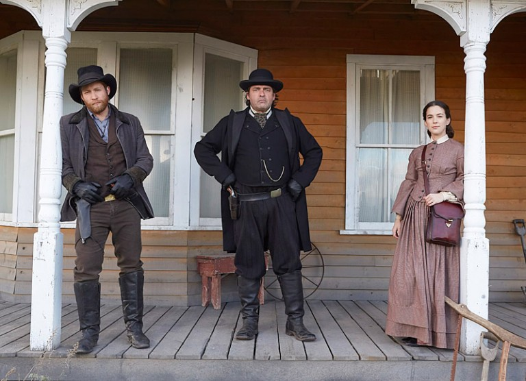 Jacob Blair, Angus Macfadyen, Martha MacIsaac - THE PINKERTONS  - Rosetta Media / Rohrs Media Group
